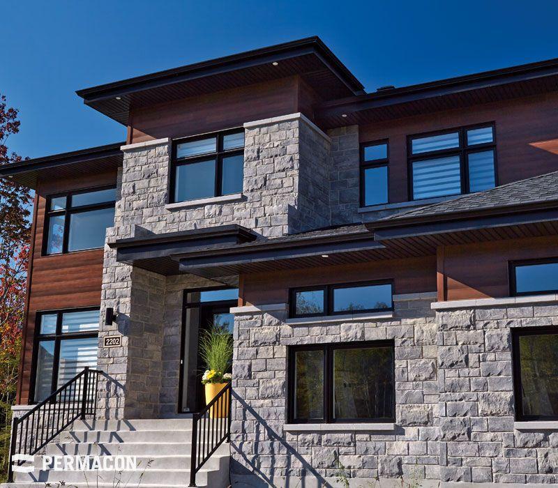 Facade de maison m langeant la pierre et le bois poolhouse - Produit pour nettoyer les facades de maison ...
