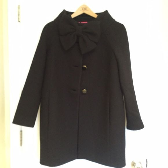Kate Spade Bow Coat Super cute coat from Kate Spade. Never worn. Comes with bag and spare button. kate spade Jackets & Coats