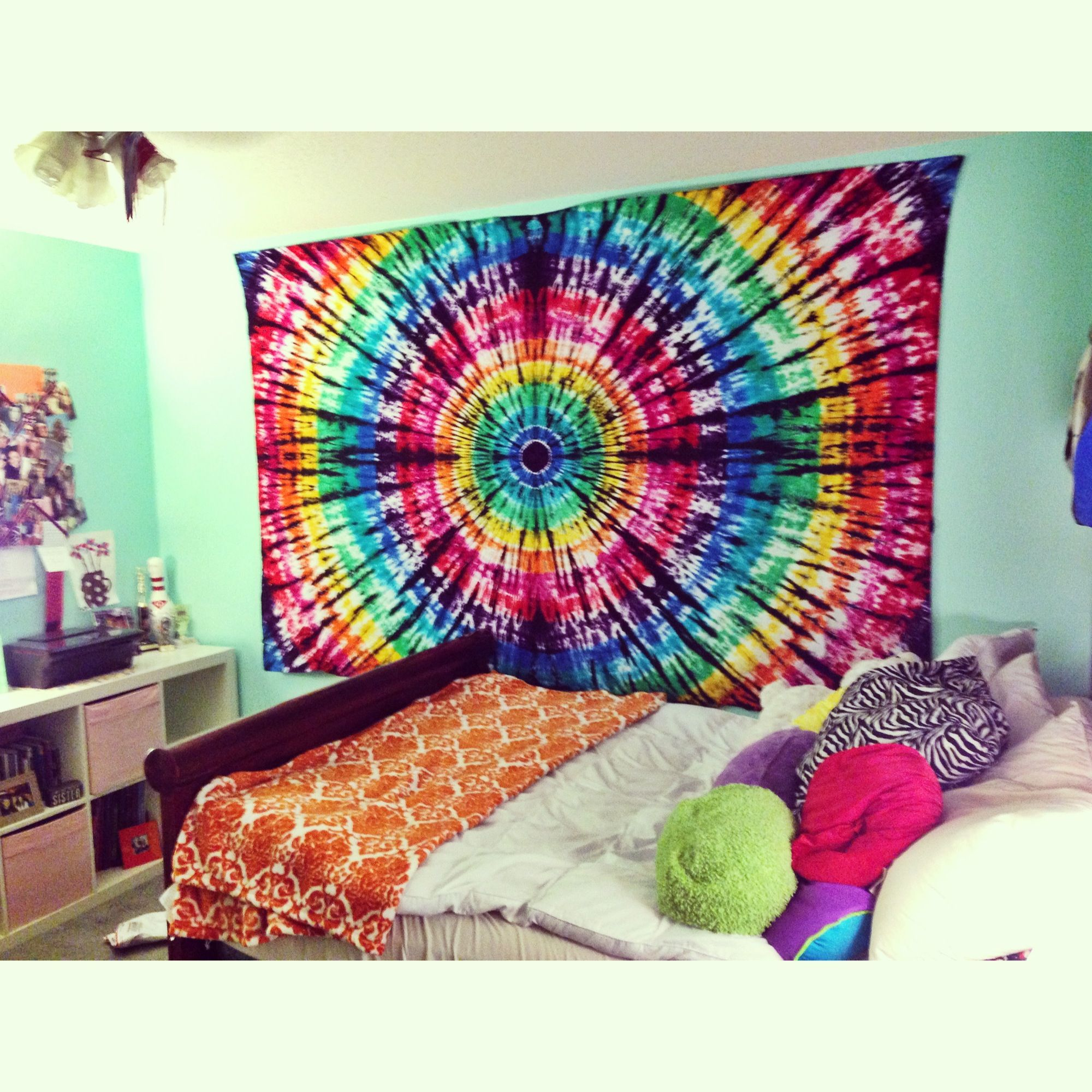 Hand made tie dye tapestry from Allie Carjack. Dorm Room Tye dye cheap white sheet   Home ideas   Pinterest