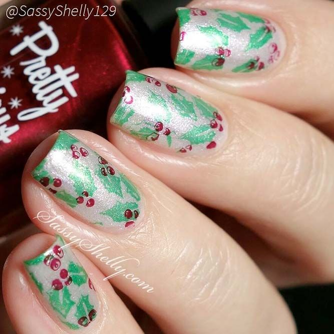 36 Lovely Holiday Nails Designs To Get You In The Spirit Pinterest