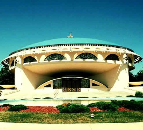 One of frank lloyd wright 39 s last designs the annunciation for Frank lloyd wright designs