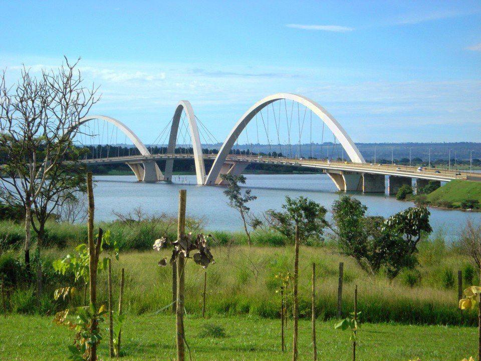 Brasília - DF - Lago Sul - Ponte Juscelino Kubitschek