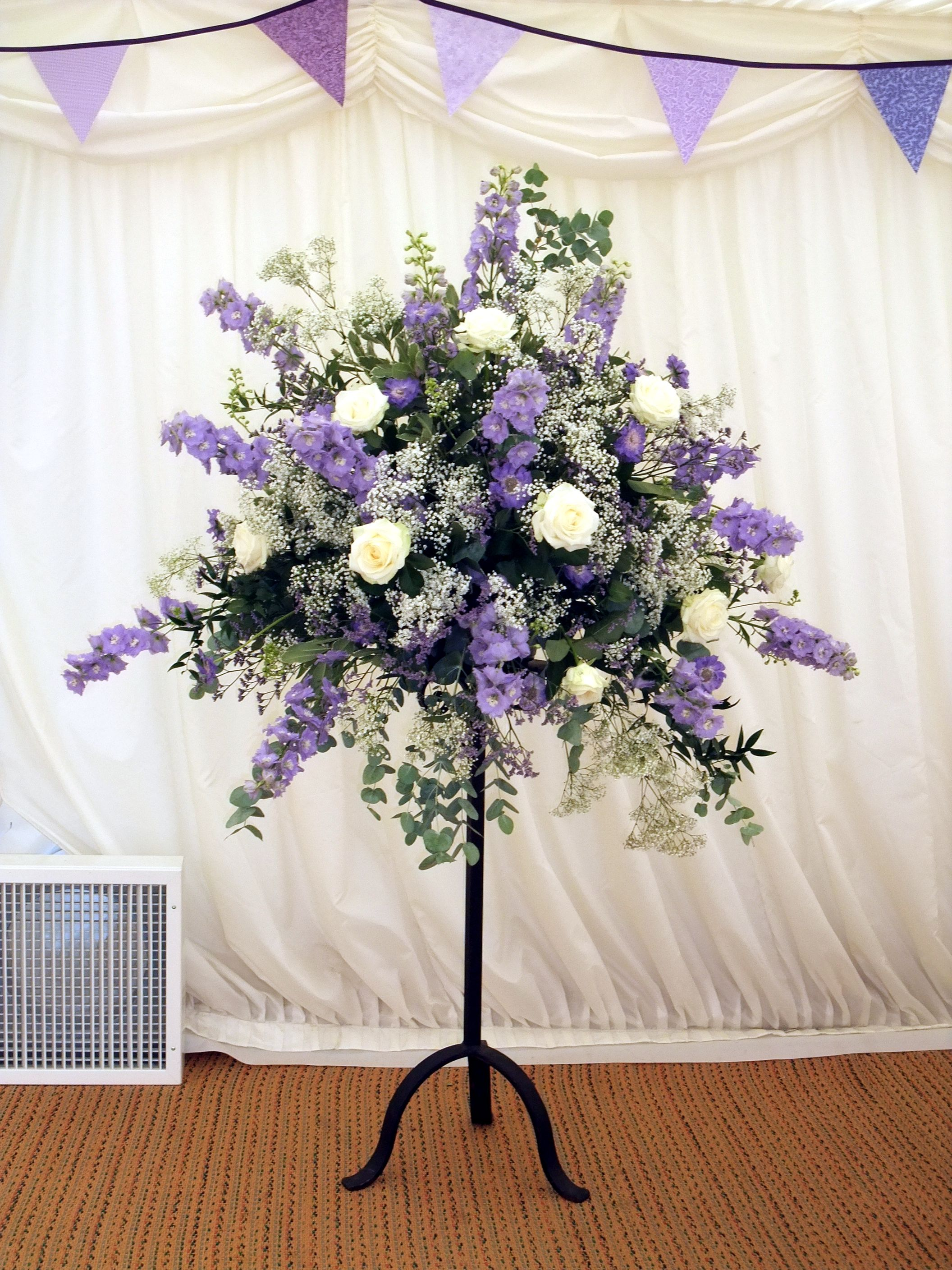 A Lavender And White Floral Pedestal Arrangement Helen Allen Verdila Pedesta Large Flower Arrangements White Flower Arrangements Funeral Flower Arrangements