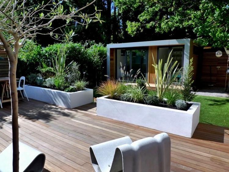Amenagement Jardin Paysager Moderne Avec Coin De Detente En 80