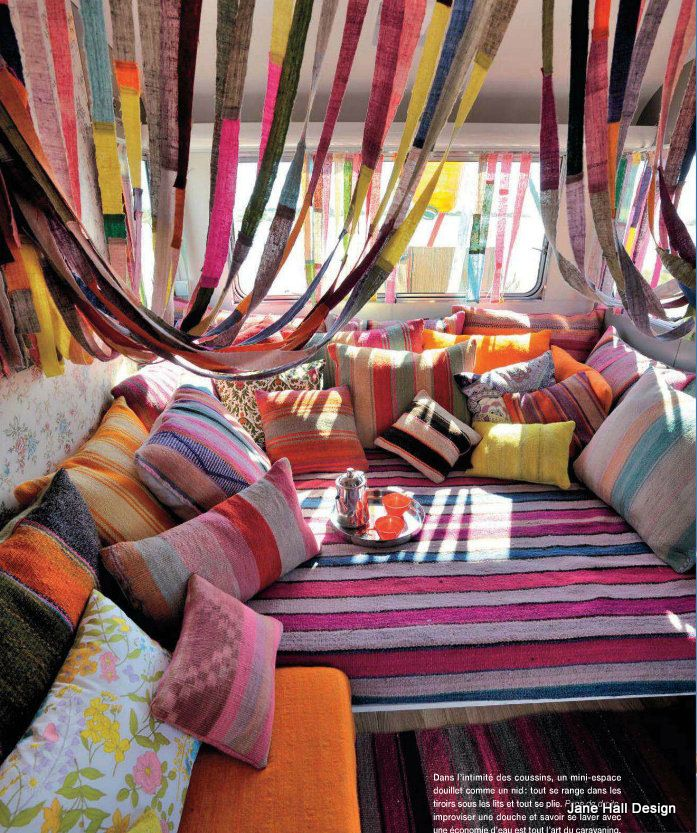 Bohemian style from world of interiors home sweet home for Decoracion casa gitana