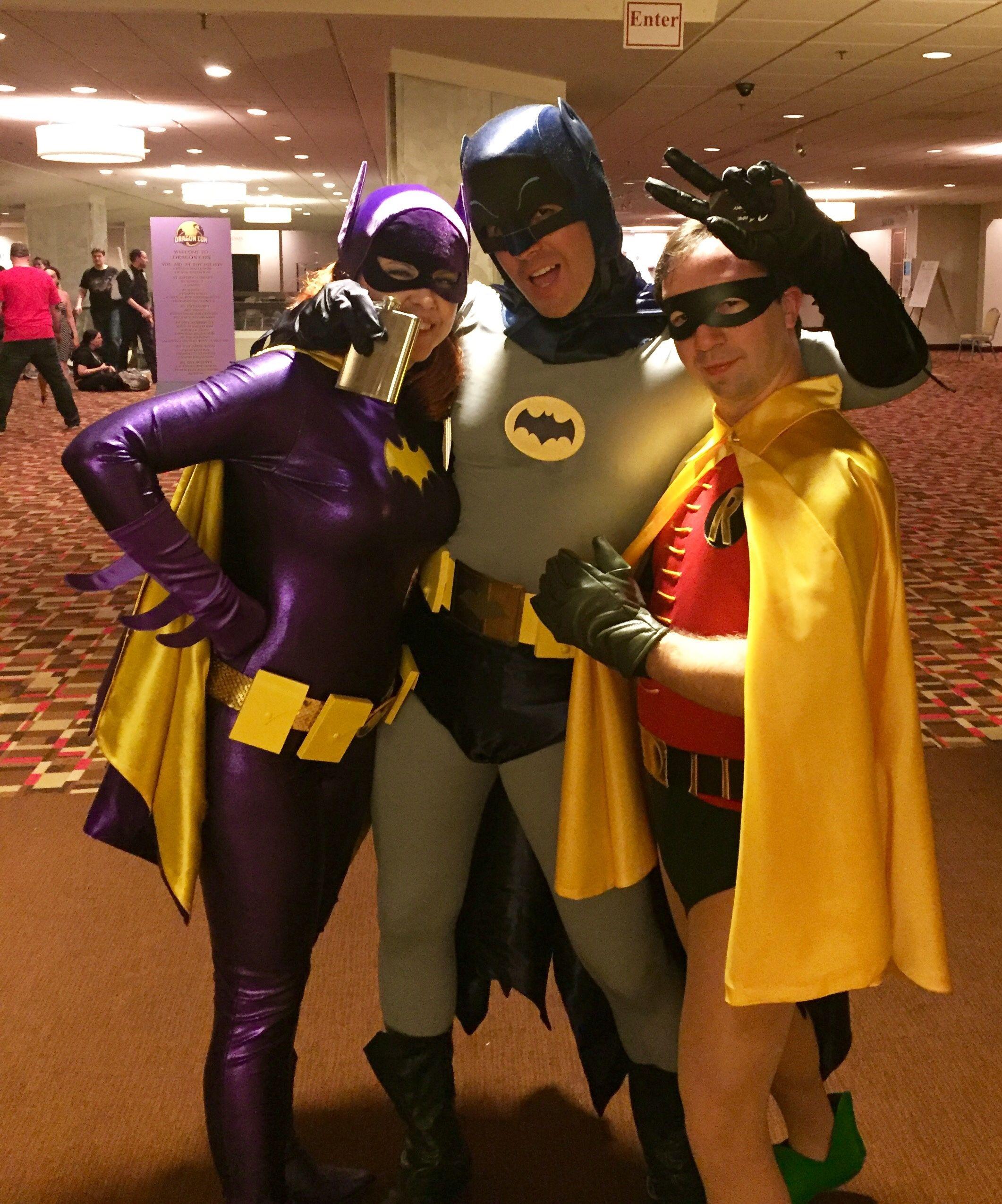 1966 Batman Batgirl Robin costume. diy. Yvonne Craig & 1966 Batman Batgirl Robin costume. diy. Yvonne Craig | Batgirl ...