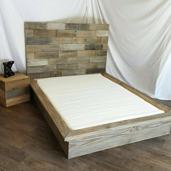 Gris resistido driftwood final plataforma cama con 40 horizontal ...