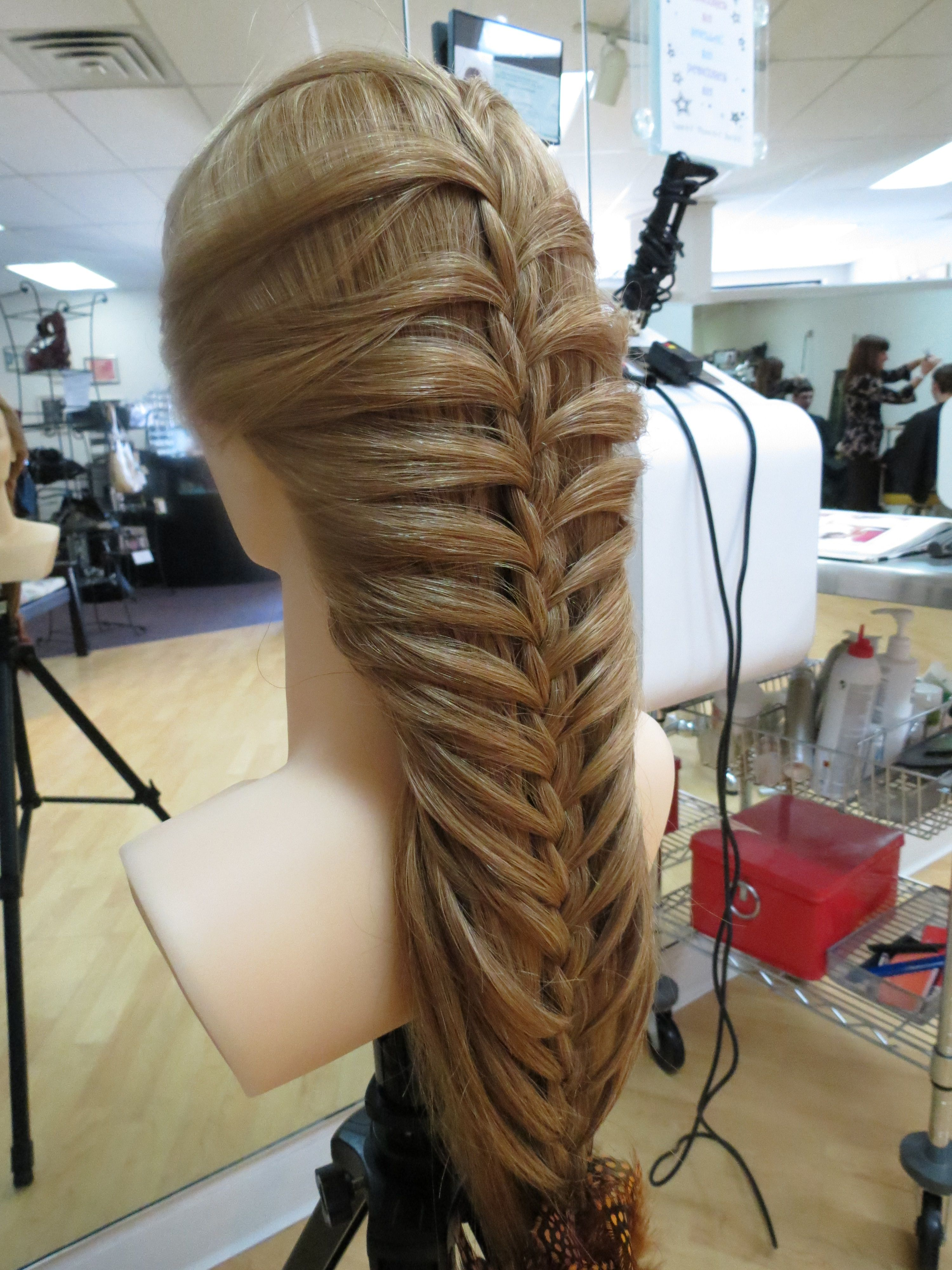 A great look for very long hair...   Long hair styles ...