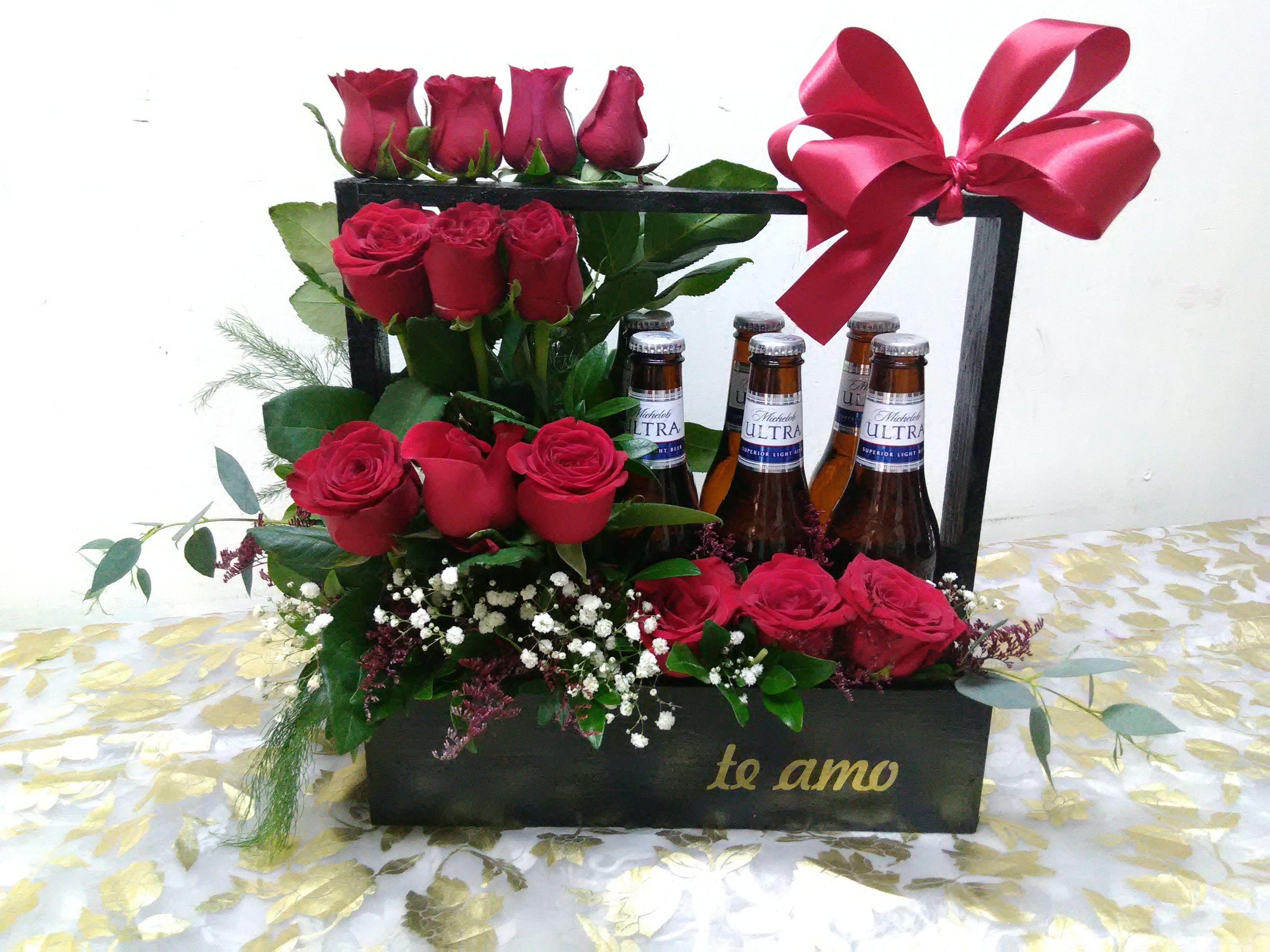 Arreglo Para Caballero Con 12 Rosas Rojas Y Cerveza