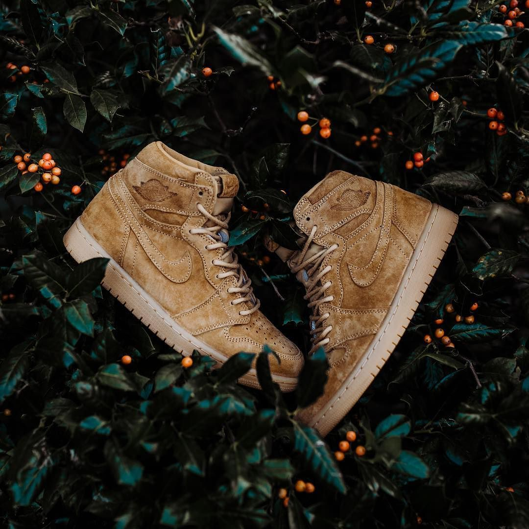 Releasing Saturday Nov 25th Air Jordan 1 Retro High Og Golden