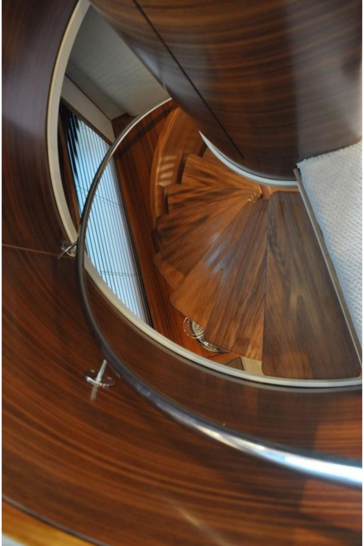 Best 94 5 Seaforce Ix Bonny Read Stairs Design Interior 400 x 300