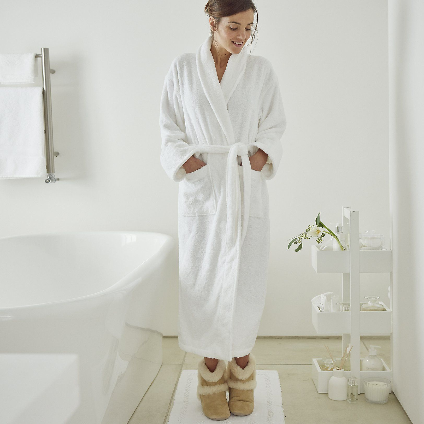 White company dressing gown | BLOG REVIEW | Pinterest | White ...