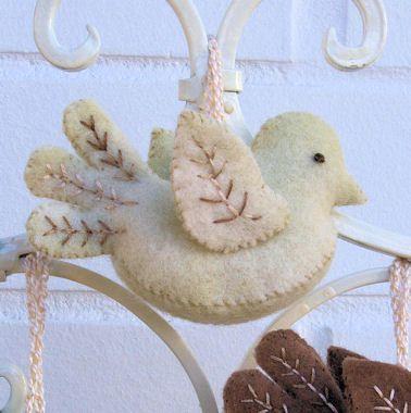 Sweet! Pattern - Little Felt Birdies - Stitching Cow