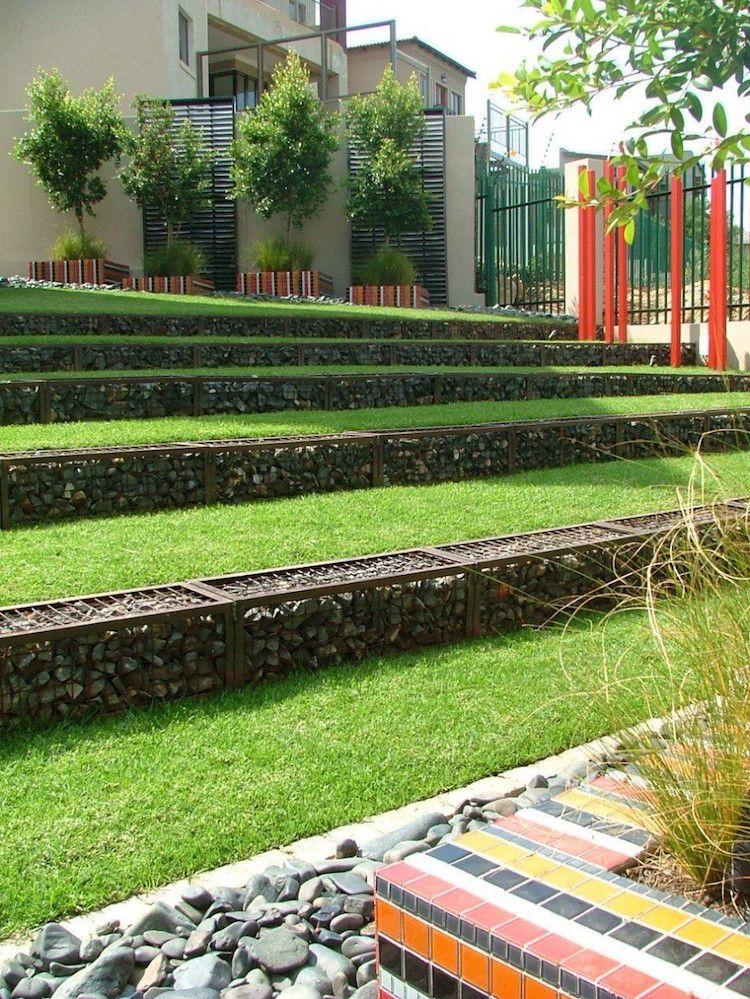Gartengestaltung Hanglage Rasen Gabionen Modern Terrassiert