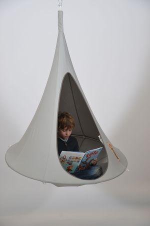Hamac Enfant Cacoon Gris Clair Boutica Design Fr Avec Images Luminaire Interieur Hamac Enfant Eclairage Exterieur