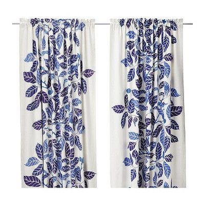 blå mönstrade gardiner
