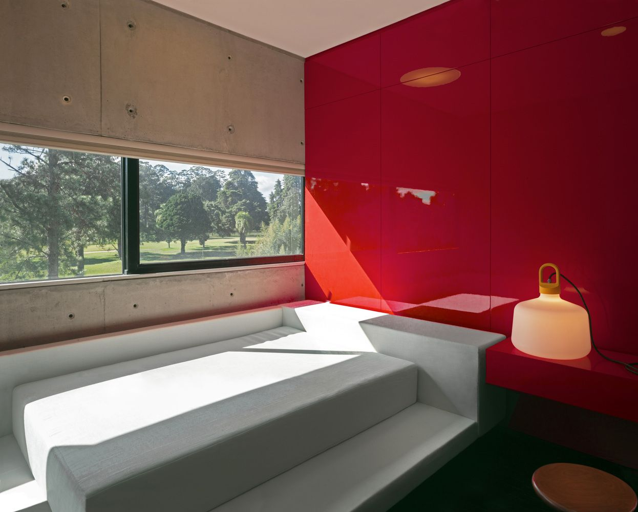 Gallery Of Rb House Marcos Bertoldi Arquitetos 19 Contemporary House House Home