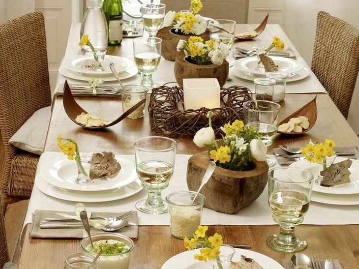 Love The Use Of Natural Elements In This Spring Table Setting