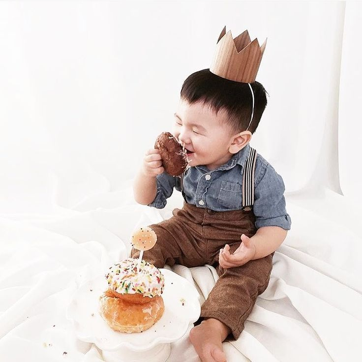 First Birthday Boy Crown Wood Crown Cake Smash photo prop Donut