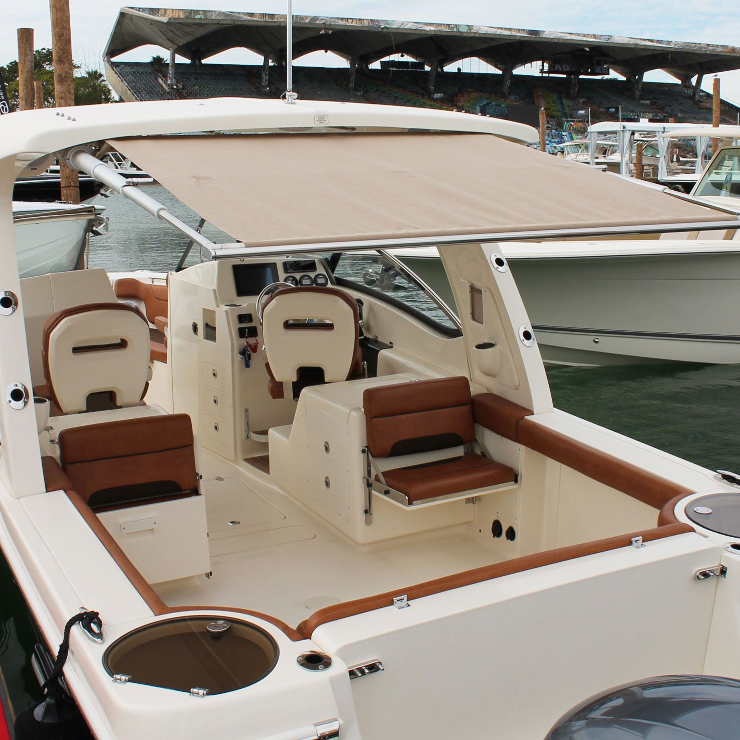 Rtx Pull Out Boat Shade Boat Boat Stuff Retractable Shade