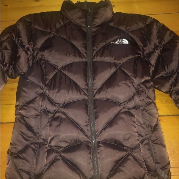 14d786e8cf The North Face Down Goose Feather Winter Coat XS This is a North Face jacket  that is a Large Girls size