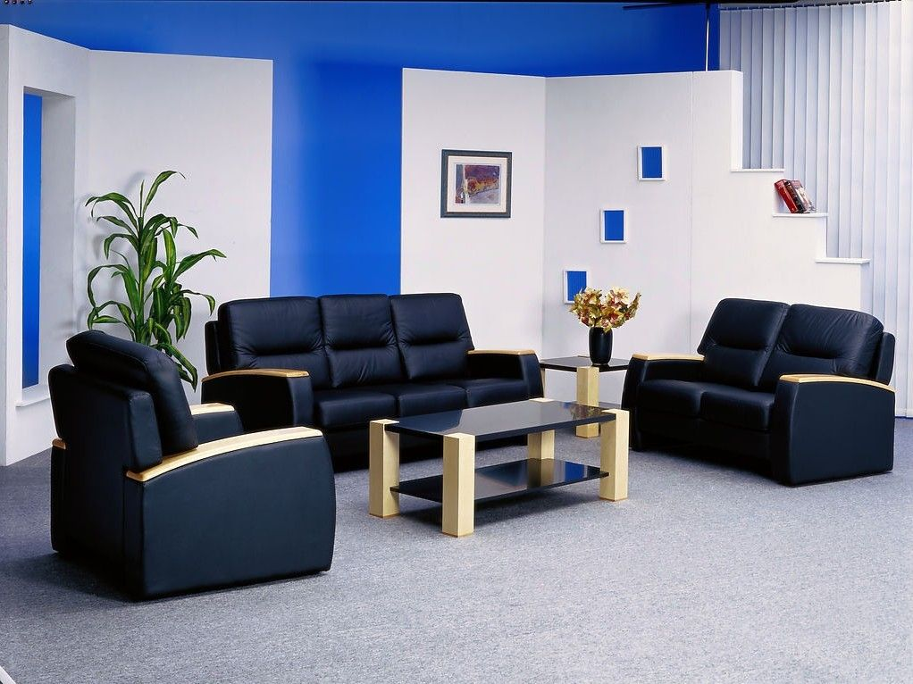 Blue Walls Black Couch Blue And White Wall Black Sofa For