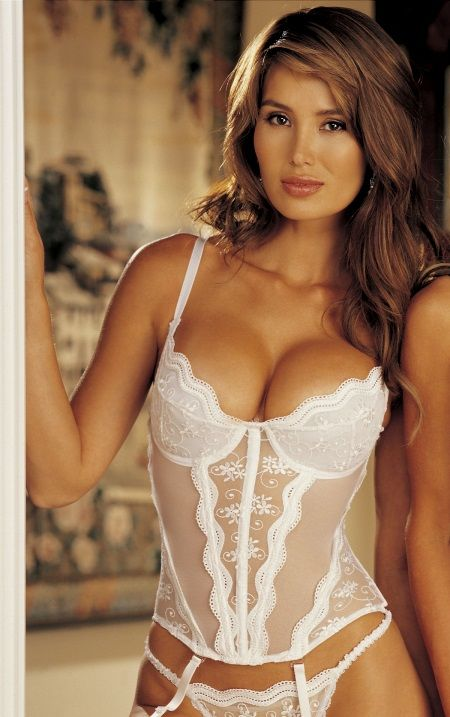 6e39d156567  Wedding  Lingerie that makes every bride look breathtakingly beautiful.