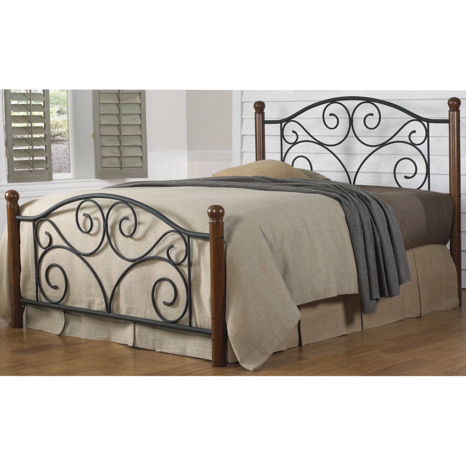 Bedroom Giselle Antique White Graceful Lines Victorian Iron Metal