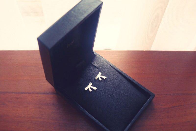 f86b1330efe karen walker jewellery: small bow earrings   Shopping list :)   Bow ...