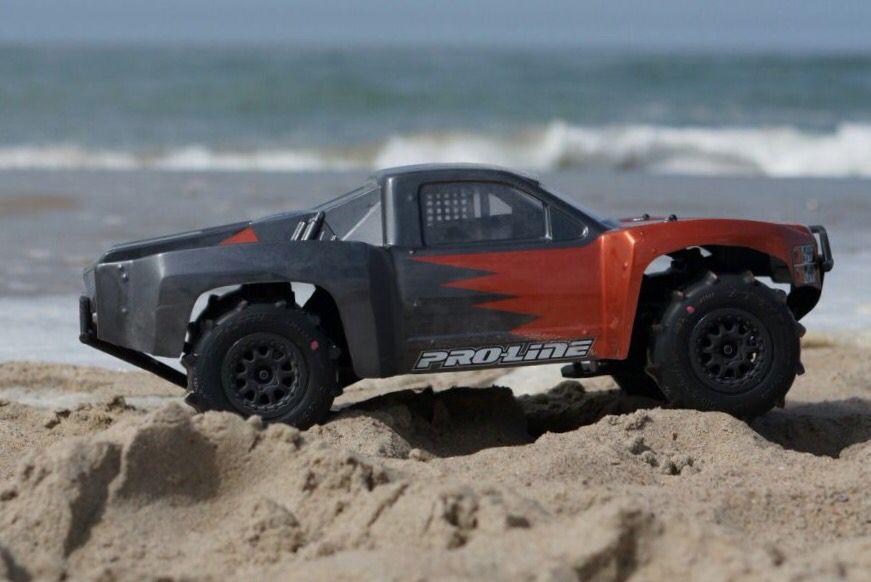 Traxxas Slash 4x4 VXL Proline 09 Silverado Body Proline