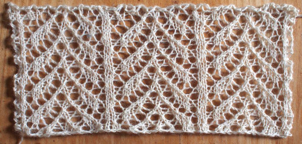Snug A Free Lace Knitting Stitch Pattern Baby Knitting