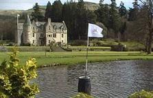 Scotland - Adventure Golf through castles and lakes!