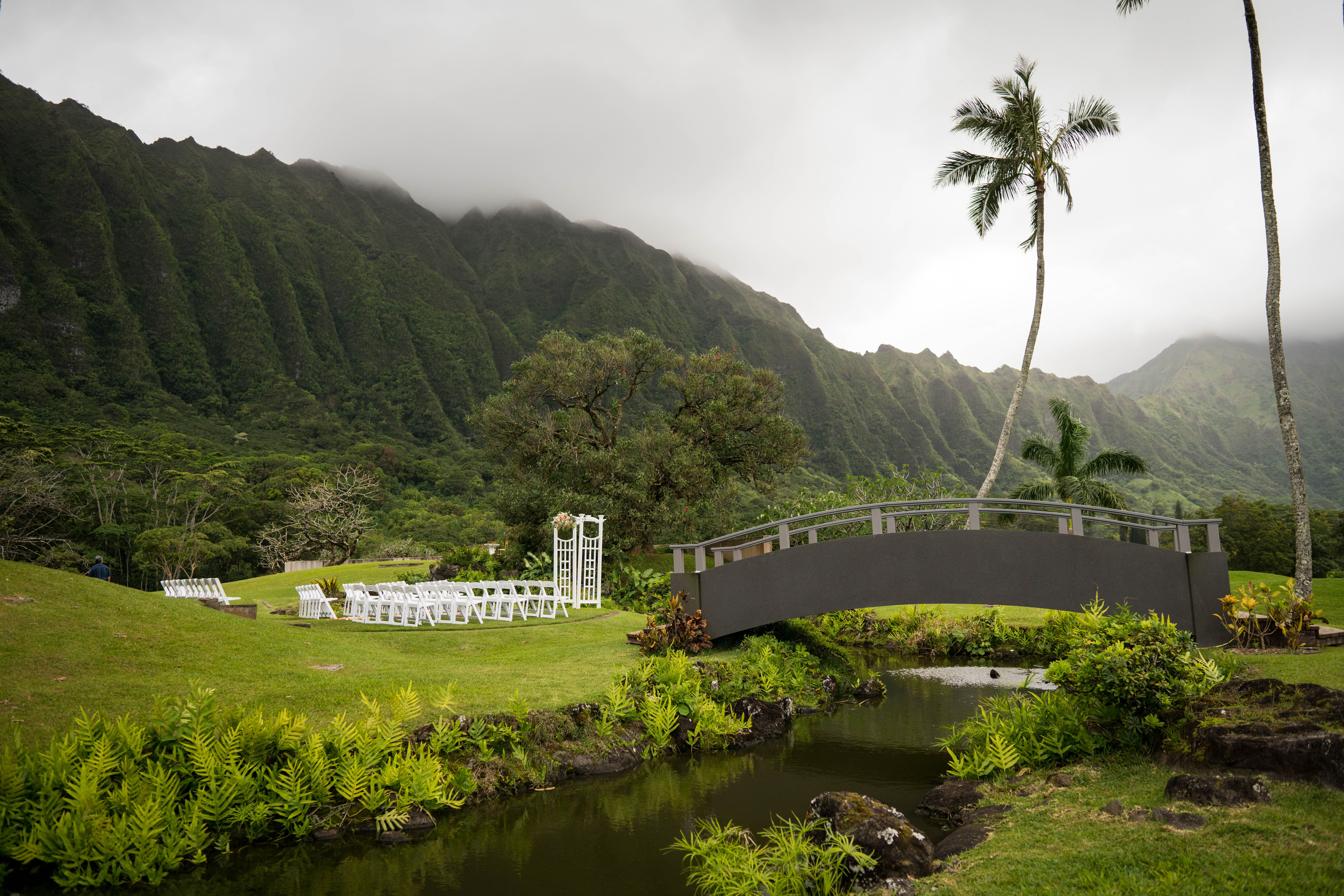 Stunning Outdoor Wedding Venue On The East Side Of Oahu At
