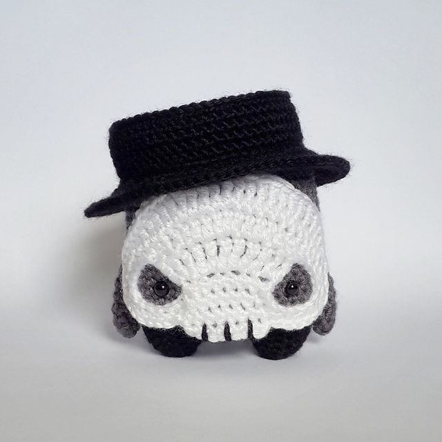 skull Diego made by Fay / crochet pattern by lalylala | Amigurumi ...