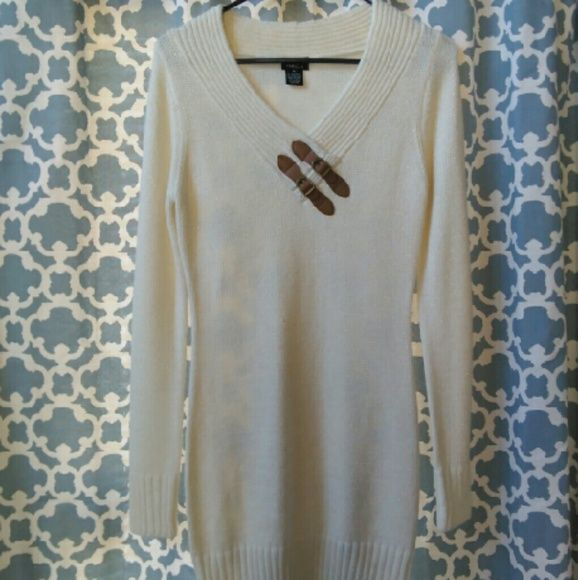 Knit dress Never been worn, Casual comfy cream colored sweater dress, goes great with a pair of tights and boots!  Great for fall outtings. Rue 21 Dresses Midi