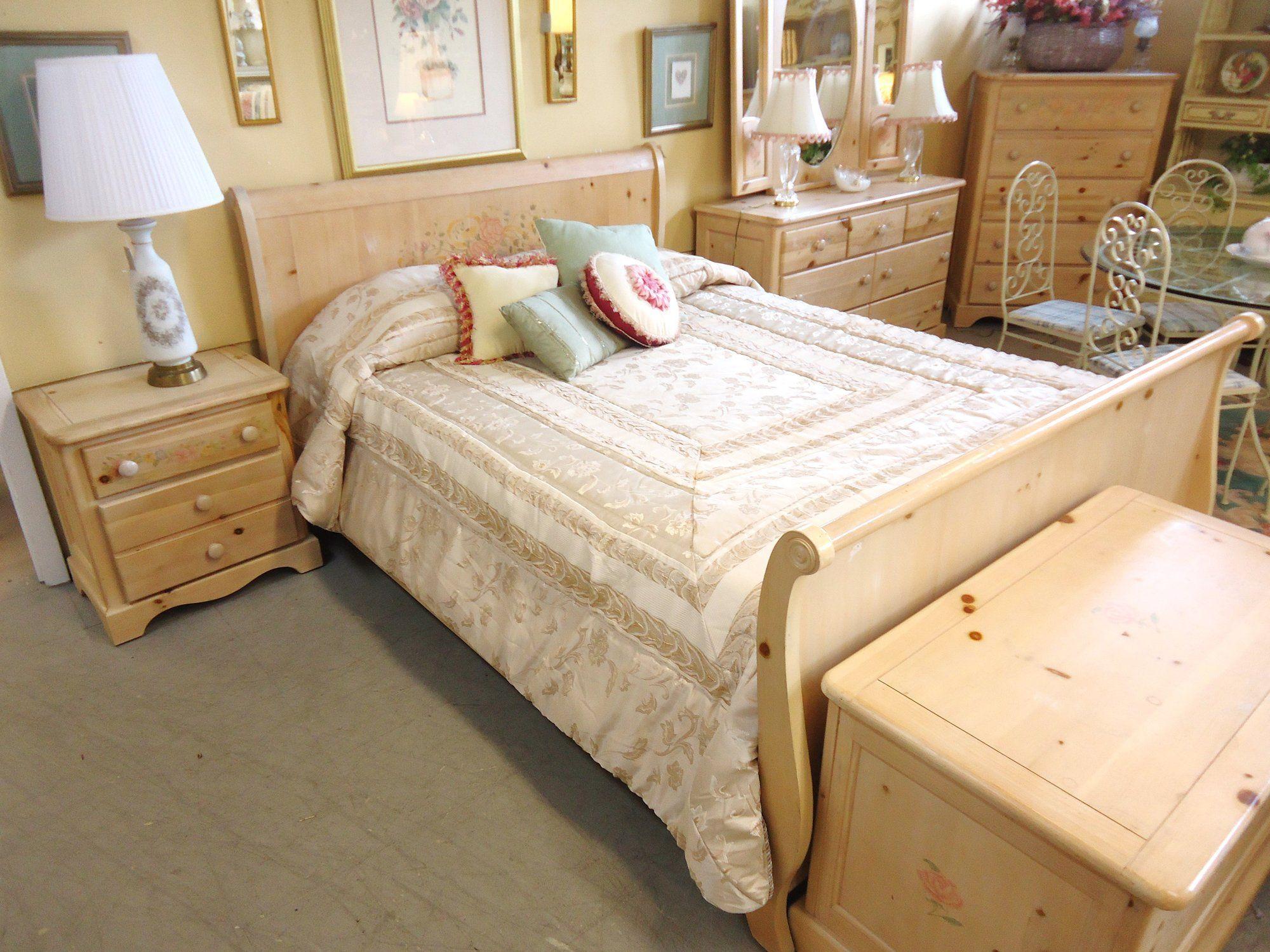 vaughan+farmhouse+cedar+oak+bedroom+furniture   15832 Vaughan ...