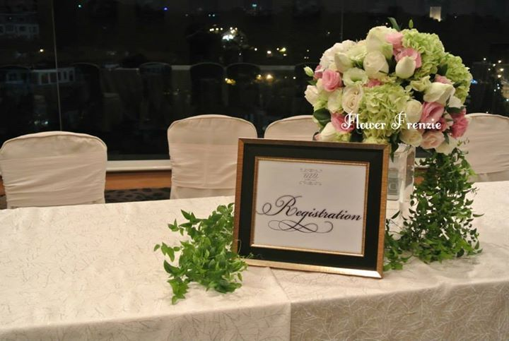 Registration Table Decor Event Ideas In 2019 Wedding