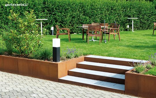 Gartenmetallde - Mauresta Verblendung für Winkelstützmauer aus