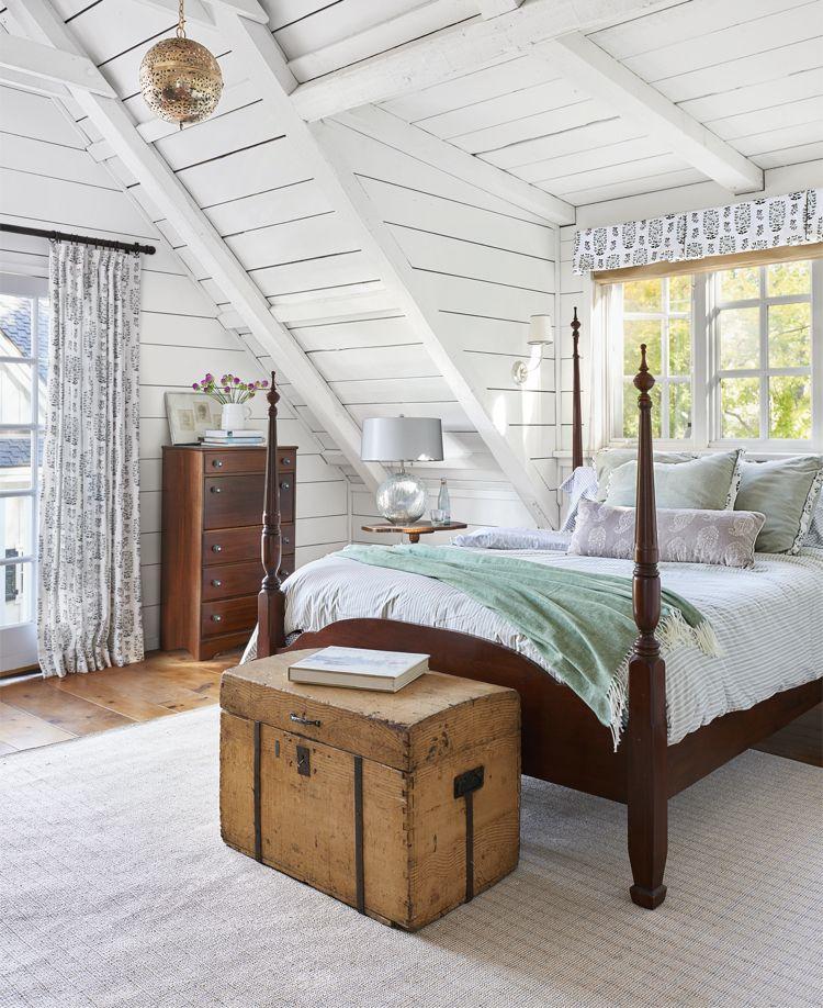 Rustikales Schlafzimmer Bettbank Alternative Holztruhe Stauraum #bedroom  #furniture
