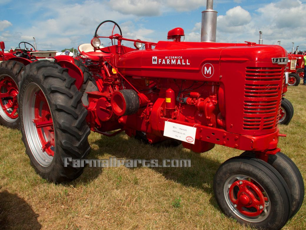 small resolution of farmall tractors farmall m tractor