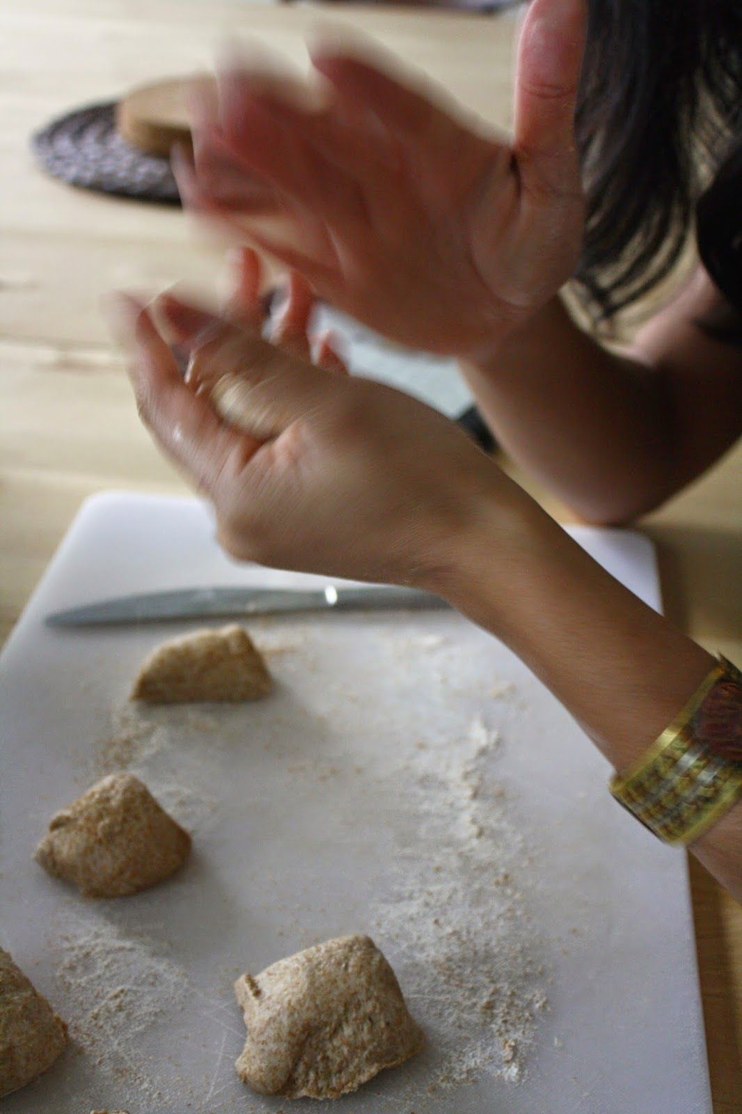 Making roti - recipe for the tasty warm Nepali flatbread