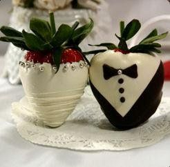 Black Red White Edible Wedding Favors Photos Pictures Weddingwire