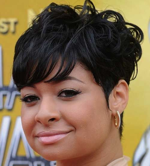 Short Hairstyles For Black Women With Round Faces Short Haircuts - Curly short hair style for round face