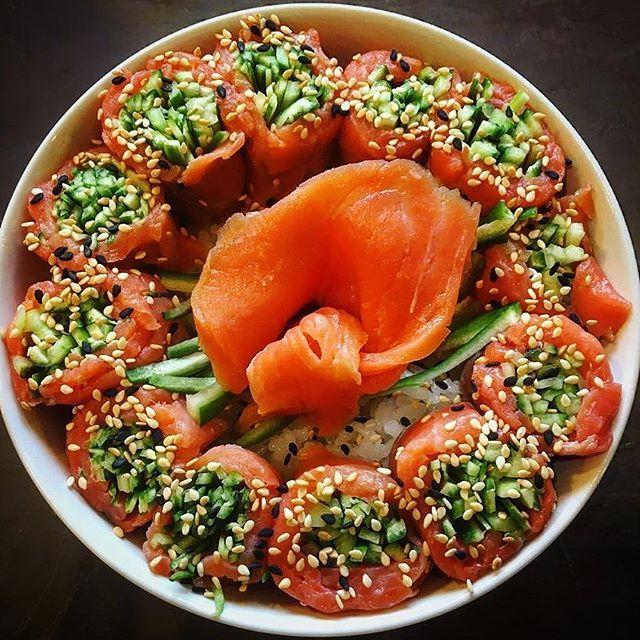 smoked salmon with rice and cucumber   #vsco #vscocam #vscorussia #vscoturkey #sushi #cheflife #dinner #food #instafood #instagood #instagram #asianfood #kitchen #japanesefood #amazing #truecooks #bestoftheday #baku #azerbaijan #aztagram #foodphotography #foodie #foodlover #eeeeeats #dinnertime