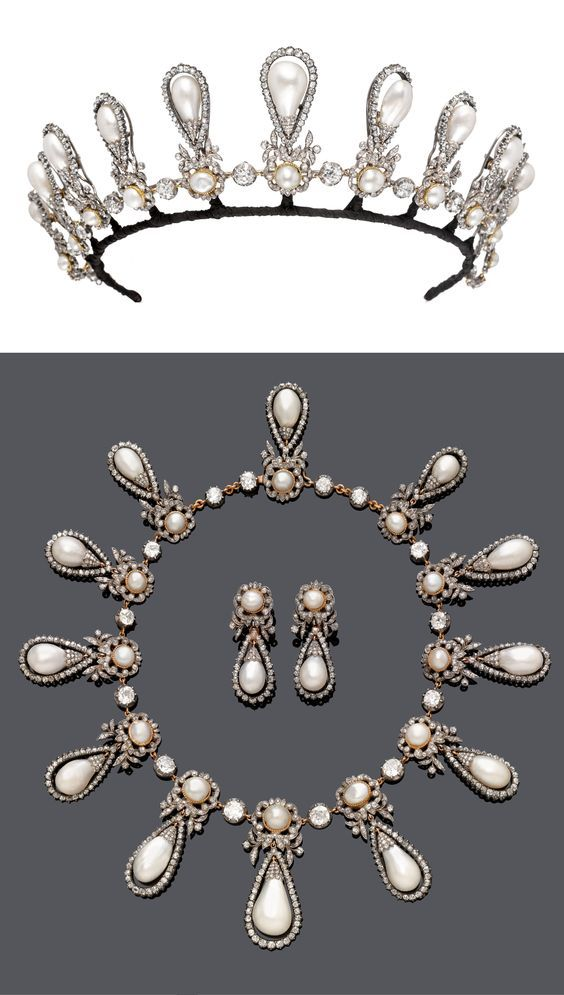 of roxburghe necklace set pin the pearls in and diamond shaped featuring large each duchess a pear supported twelve button by loops tiara