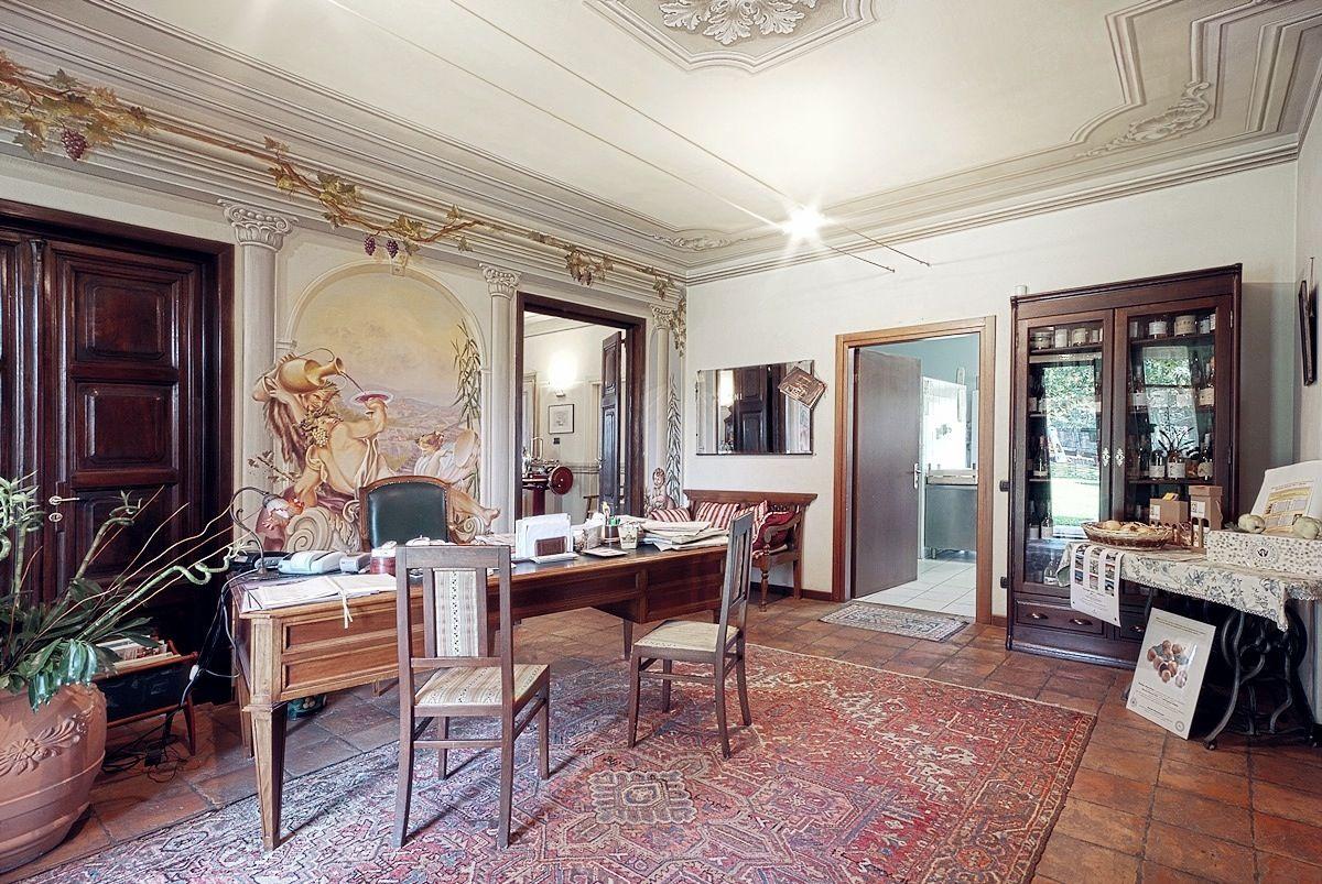 Laura dalba home decor interior design