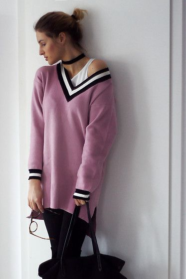 Get this look: http://lb.nu/look/8566721  More looks by Ceci Bloom: http://lb.nu/user/3796514-Ceci-B  Items in this look:  Zaful Sweater   #artistic #casual #chic #sweater #pink #cosy #choker #spring #black