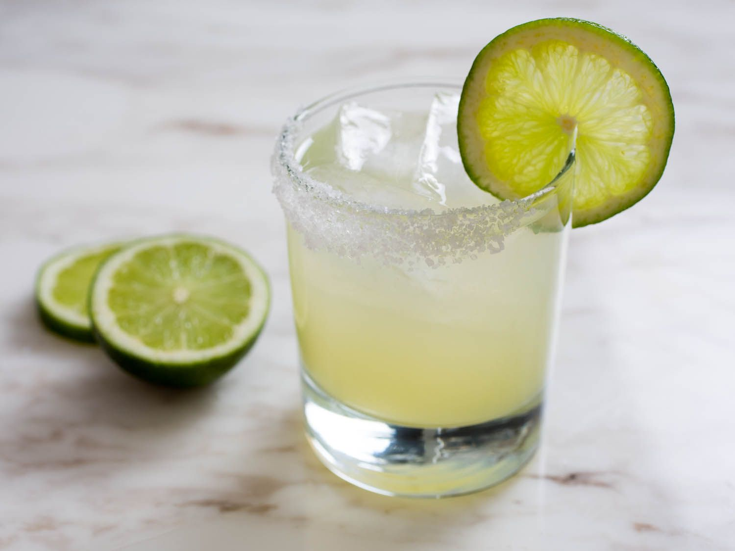Not Just Margaritas: 16 Tequila Cocktail Recipes for Cinco de Mayo #recipes #food #drink #cuisine #boissons #recettes