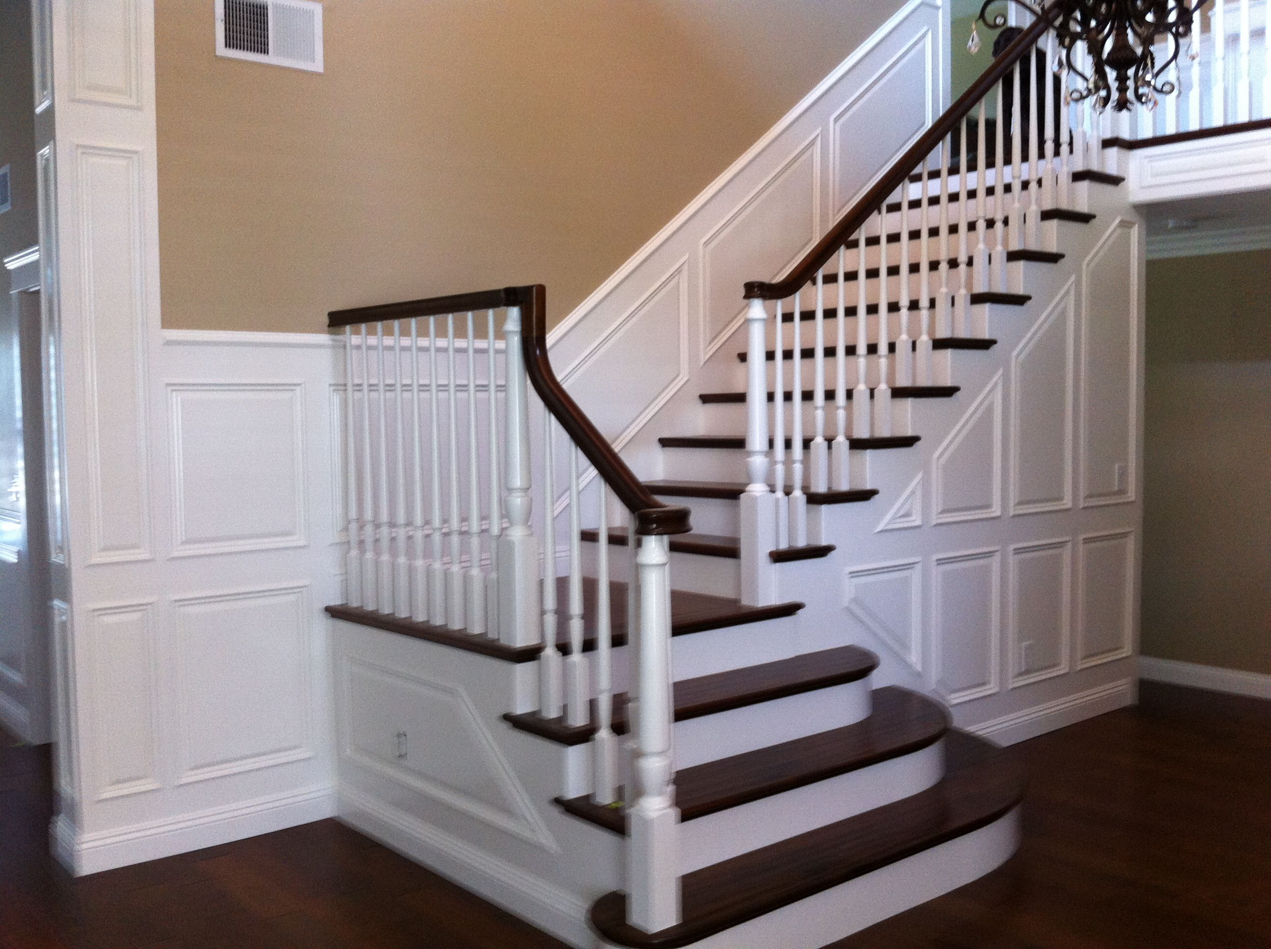 pictures of decorative trim on vaulted walls | Wainscoting ...