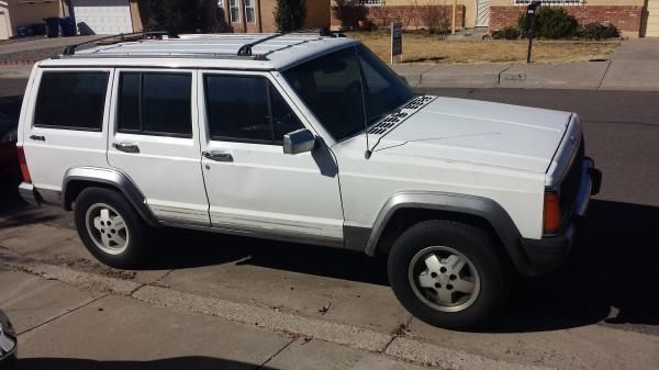 1992 Jeep Cherokee Laredo For Sale Near Kirtland Afb New Mexico Milclick Com Military Lemon Lot Buy Or Sell Us Jeep Xj Jeep Jeep Cherokee